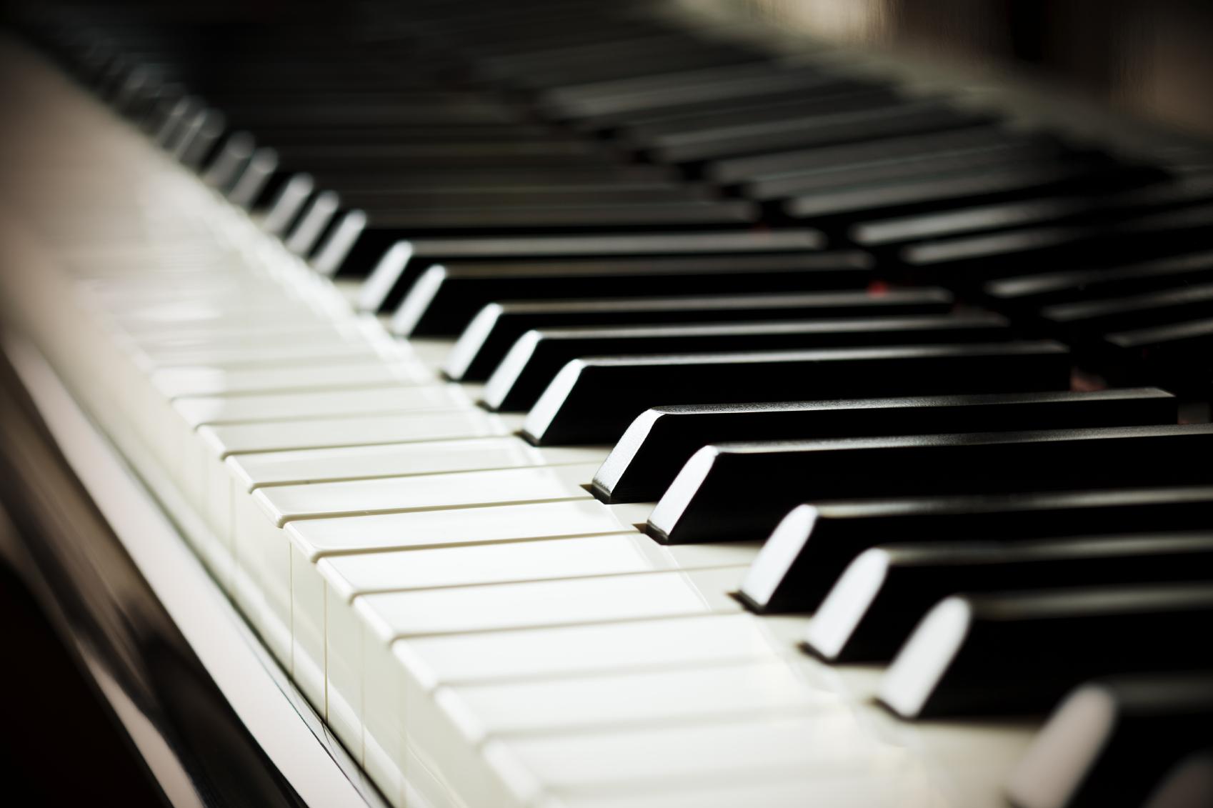 Idée cadeau : cours de piano pour vos proches