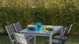 Pourquoi offrir des meubles de jardin est une bonne idée ?