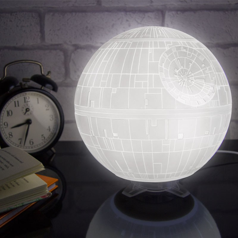 etoile-mort-lampe