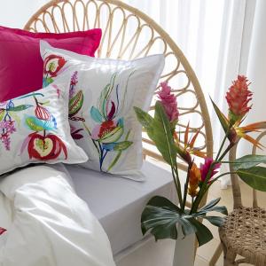 parure-de-lit-fleurie-stylisee